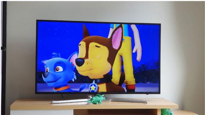 Thay màn hình TV samsung UA55NU7300k 12